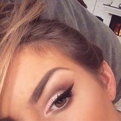 Nudes + Flick #makeup