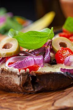Portabella Pizzettas - for my s.o. who hates eggplant!