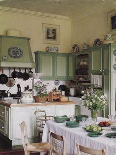 Výsledek obrázku pro green kitchen