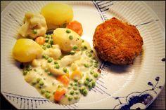 Opskrift på hjemmelavede krebinetter, med kartofler og stuvede grøntsager