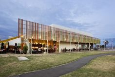 Trespa Meteon Slats Feature on The Strand project in Tauranga. Noel Jessop Architecture.