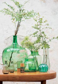 Urchin vaas, in geverfd glas cm Deco Design, Glass Design, Vase Vert, Decoration Restaurant, Deco Jungle, Ocean Home Decor, Cute Furniture, Deco Nature, Vintage Bottles
