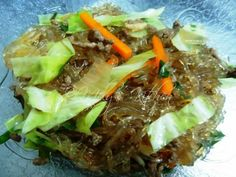 Welcome to Mely's  kitchen...the place of glorious and healthy  foods: Sauteed Cellophane noodles