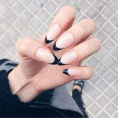 Find images and videos about fashion, black and nails on We Heart It - the app to get lost in what you love. Bad Hair Day, Beauty Nails, Girly Things, Manicure, Hair Makeup, Make Up, Nail Art, French, Spring