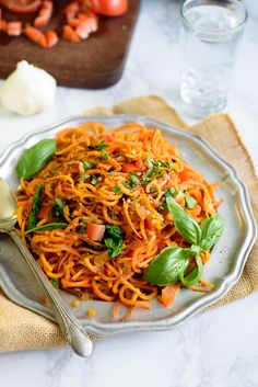 Garlic Tomato Basil Sweet Potato Noodles « Solluna by Kimberly Snyder Healthy Eating Recipes, Whole Food Recipes, Vegetarian Recipes, Cooking Recipes, Healthy Meals, Free Recipes, Sweet Potato Pasta, Sweet Potato Recipes, Veggie Noodles