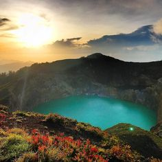 Curious to know the myth behind 3 multicolored (green turquoise and... red?!) volcanic lakes in Indonesia?  Check out this week's Bucket List to find out: http://ift.tt/2rZwrBT  Thanks to @travelloverp @graziolatravel @freddydinata for sharing your Stamps! --------------------------------------------------       #traveling #instatravel #travelblog #travelblogger #traveltheworld #placestogo #placestosee #afarmedia #travelgram #trip #vacation #bestvacations #destination #photograph…