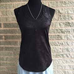 "✳️sale✳️ Sam Edelman black foil tank NWT has a foil effect size small butt My dress forms measurements are: bust 34"", waist 26"", hips 35""  Size 6/8 ""medium"" Sam Edelman Tops Tank Tops"