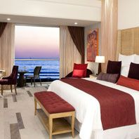 Apple Vacation to Secrets Vallarta Bay Resort and Spa