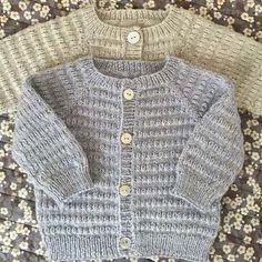 Let og lun Cardigan - opskrift fra PixenDK / CaMaRose Baby Cardigan Knitting Pattern Free, Baby Boy Knitting Patterns, Baby Sweater Patterns, Knitted Baby Cardigan, Knitting For Kids, Baby Sweaters, Creations, Image, Denmark