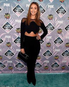 5f75d073390 Jessica Alba - Chic street fashion look inspiration celebrity David Koma,  Teen Choice Awards 2016