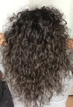 Hair straightening shampoo for curly hair, best moisturizing shampoo for fine curly hair, shampoo fo Mixed Curly Hair, Thick Curly Hair, Colored Curly Hair, Curly Hair Styles, Black Natural Hair Care, Black Hair Care, Best Dry Shampoo, Natural Shampoo, Shampoo For Curly Hair