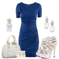 Short Sleeve Dresses, Dresses With Sleeves, Glamour, Fashion, Moda, Sleeve Dresses, Fashion Styles, Gowns With Sleeves, The Shining