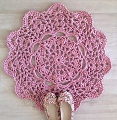42 quick easy crochet doily pattern crochet doily patterns pink doily t shirt rug free pattern dt1010fo