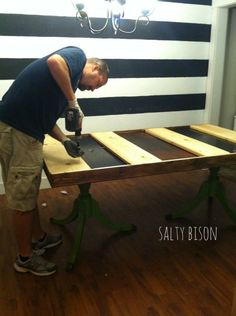 THIS IS THE ONE I WAS LOOKING FOR.  Can't wait to make this!  DIY Farmhouse using old table as base