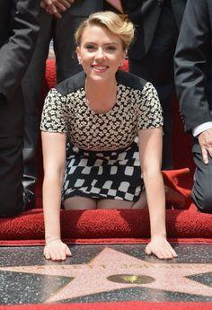 Scar Jo recibe su estrella de la Fama en Hollywood!