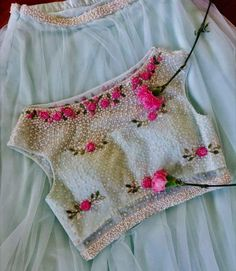 so pretty embroidery on Indian Choli Blouse for Lehenga or Saree, via @topupyourtrip