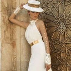 👗Galia Lahav Couture  #bridal #wedding #whitegown #dress #weddingdress #hautecouture #embroidery #couturefashion #gorgeous #weddings #bride #uk #beautiful #photooftheday #instafashion #hot #instalike #lotd #couture #ootd #slay #floral #style #fashion #look #fashionista #inspiration #galialahav #love #glam @creme.moda