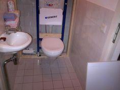 Nieuw hangtoilet plaatsen.