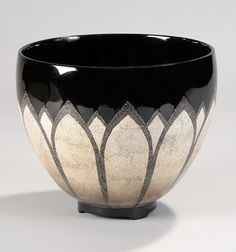 Platt Collections centerpiece bowl***Research for possible future project.