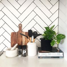 : 11 types of white kitchen splashback tiles: Add interest with shape over colou. : 11 types of white kitchen splashback tiles: Add interest with shape over colour. White Herringbone Tile, White Tiles, White Tile Kitchen, Modern Kitchen Tiles, Herringbone Backsplash, Design Set, Design Ideas, Kitchen Splashback Tiles, Splashback Ideas