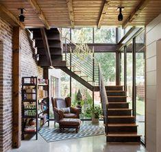 Liberty - rustic - Staircase - Austin - David Mills Custom Homes Design Exterior, Interior Exterior, Home Interior Design, Interior Architecture, Bar Interior, Rustic Staircase, Modern Staircase, Staircase Design, Spiral Staircases