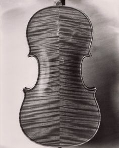 "The famous ""Messiah"" violin made by Antonius Stradivarius, Music Love, Music Is Life, Antonio Stradivari, Stradivarius Violin, Music Express, Learn To Play Guitar, Cool Guitar, Sound & Vision, Playing Guitar"