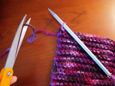 Finally! A step-by-step How-To Knit a Scarf!