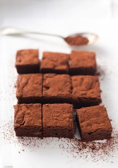 Basic recipe: Brownies Yummy Treats, Sweet Treats, Yummy Food, Breakfast Tea, Brownie Bar, Something Sweet, No Bake Cake, Baking Recipes, Cupcake Cakes
