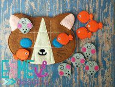 Kitty Tic Tac Toe Felt Game Set Embroidery by EandMeDesigns