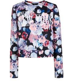 New York print sweater front