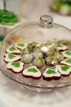 Candy bar   Sweet Table   Wedding Sweet Table Wedding, Wedding Locations, Candy, Bar, Breakfast, Food, Hochzeit, Toffee, Meal