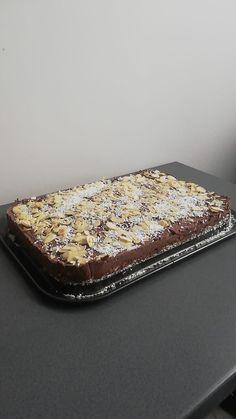 Tofurnik czekoladowy - wegański sernik intensywnie czekoladowy Tofu, Banana Bread, Zip Around Wallet, Desserts, Tailgate Desserts, Deserts, Postres, Dessert, Plated Desserts
