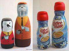 Animales con envase de coffee mate vainilla