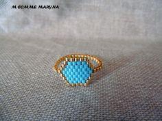 Bague tissée perles Miyuki Doré et bleu ciel peyote Bohostyle Bohochic Bohemian. Taille de la bague 53-54 : Bague par m-comme-maryna