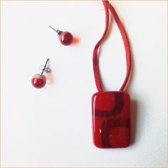 Glass jewelry • Simple red set