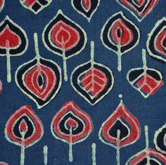 1m Autumn Leaves Block Print Fabric.