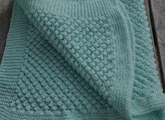 Popcorn baby blanket. Free pattern.