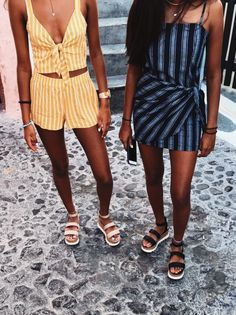 16 Trendy Ideas For Party Outfit Spring Ootd Grunge Outfits, Trendy Outfits, Cute Outfits, Fashion Outfits, Womens Fashion, Fashion Hair, Retro Outfits, Fashion Weeks, Classy Outfits