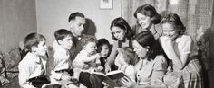 Leer en familia es una de las claves para que los niños se conviertan en lectores