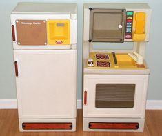Vintage Little Tikes Kitchen stove fridge.