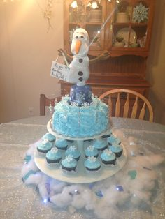 Oolaf cake, Disney Frozen birthday party