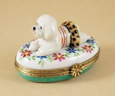 NEW FRENCH LIMOGES BOX BICHON FRISE DOG PUPPY IN CUTE OUTFIT ON FLORAL BOX