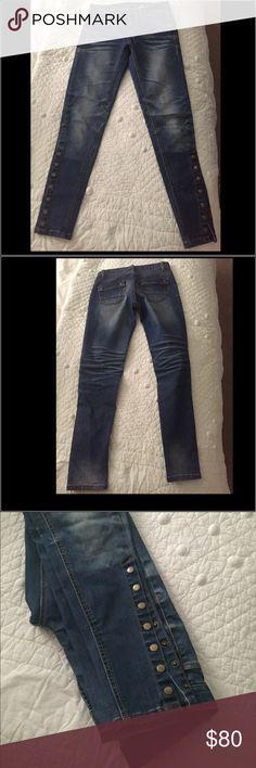 FREEBIRD SKINNY JEANS. Used stunning skinny jeans,very good condition. Freebird Jeans Skinny