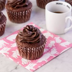 Next to chocolate our other favorite flavor is also chocolate. That we love chocolate cupcakes at Chez Canteen should come as no surprise to anyone, right?