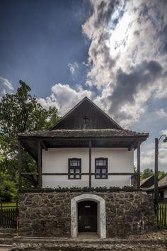 hollókő házak - Google keresés Countryside, Folk Art, Journey, Europe, House Styles, Google, Beautiful, Pictures, Popular Art