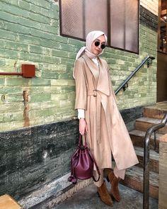 ideas fashion autumn hijab for 2019 Street Hijab Fashion, Abaya Fashion, Muslim Fashion, Modest Fashion, Fashion Outfits, Fashion Muslimah, Women's Fashion, Casual Hijab Outfit, Hijab Chic