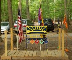 Arrow Of Light Ceremony - Bing Images Boy Scouts, Tiger Scouts, Scout Mom, Cub Scout Crafts, Cub Scout Activities, Camping Activities, Scout Toujours, Cub Scout Crossover Ceremony, Eagle Scout Project Ideas