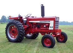 Red IH tractor