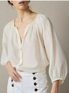 30 Women Blouses To Copy Now outfit fashion casualoutfit fashiontrends Source by petpenufva White Shirts Women, Blouses For Women, Fashion Moda, Womens Fashion, Modest Fashion, Fashion Outfits, Vetement Fashion, Mode Chic, Summer Fashion Trends