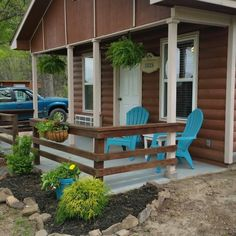 Choose from a number of modern cottages at Casitas Grand Lake. Book a stay in this community of comfort-driven cabins for a weekend getaway in Afton, Oklahoma.